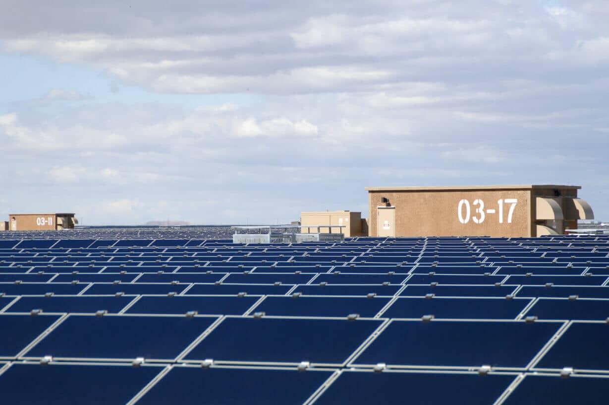 thin film solar installation utility solar topaz solar 5