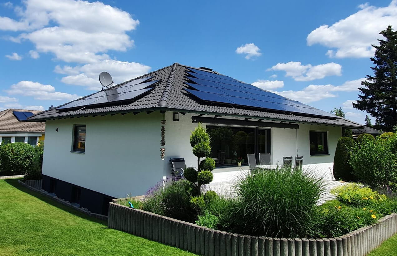 home rooftop solar installation